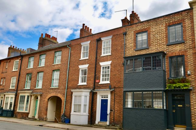 3 bed town house for sale in Derngate, Northampton NN1