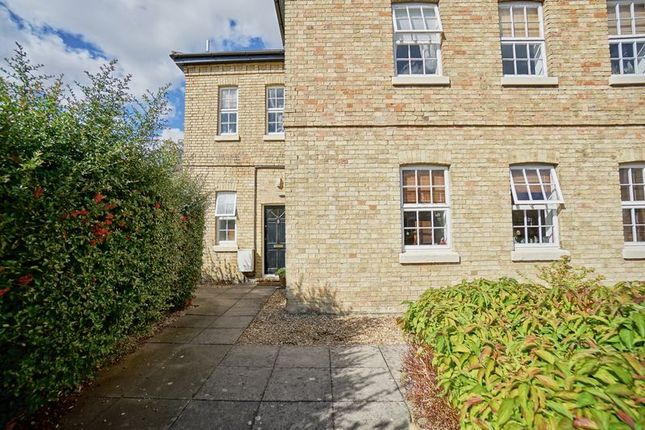 Thumbnail Flat for sale in Linclare Place, Eaton Ford, St. Neots
