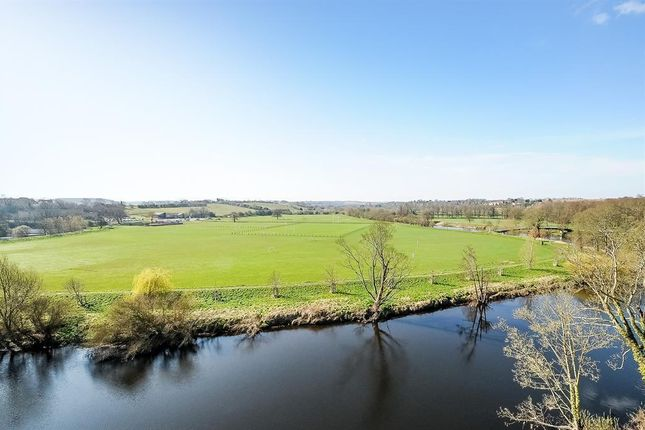 Thumbnail Flat for sale in Westgate, Wetherby