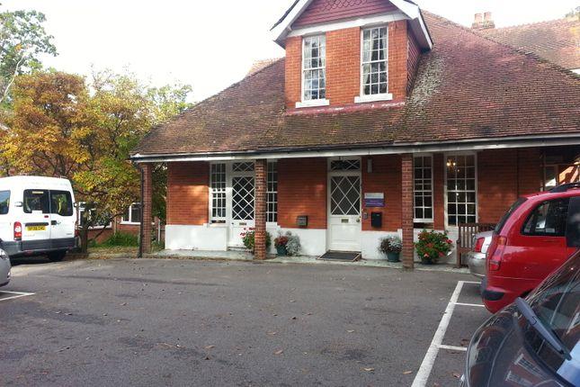 Thumbnail Room to rent in 10 Benington Road, Stevange