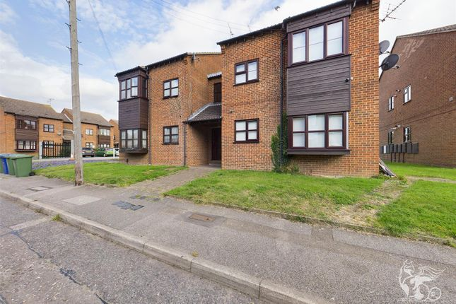 1 bed flat for sale in Runnymede Road, Stanford-Le-Hope SS17