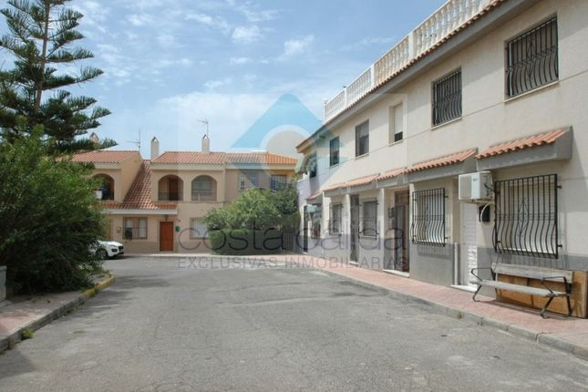 3 bed apartment for sale in Calle Azahar, Puerto De Mazarron, Mazarrón