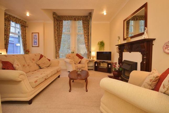 Thumbnail Flat for sale in Branning Court, Kirkcaldy