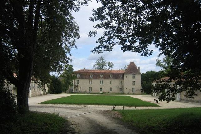 Thumbnail Property for sale in Montmoreau St Cybard, Charente (Cognac/Angouleme), France