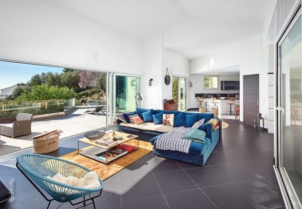 Thumbnail Property for sale in Saint Laurent D'eze, French Riviera, 06360