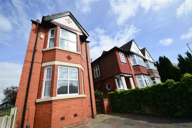 4 bed detached house to rent in Wellington Road North, Heaton Chapel, Stockport