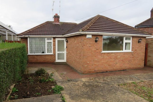 Thumbnail Bungalow to rent in Woodcote Road, Braunstone, Leicester
