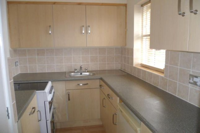 Modern Kitchen of Elgin Court, Perton, Wolverhampton WV6