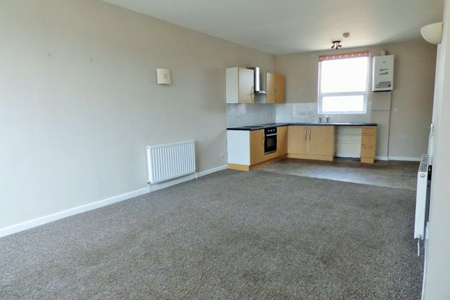 Thumbnail Flat to rent in Burnley Road, Padiham, Burnley