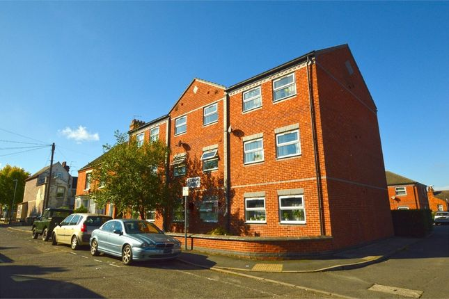 Thumbnail Flat to rent in Harvon Garth, Cambridge Street, Town Centre, Rugby, Warwickshire