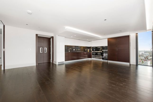 Thumbnail Flat to rent in Merano Residence, Albert Embankment SE1, London,