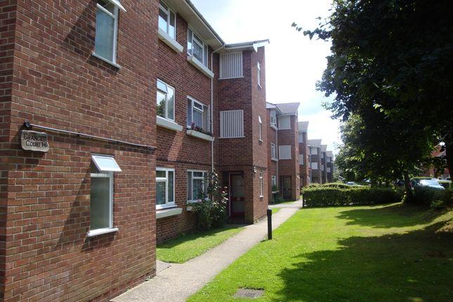 Thumbnail Flat to rent in Boundary Road, Newbury