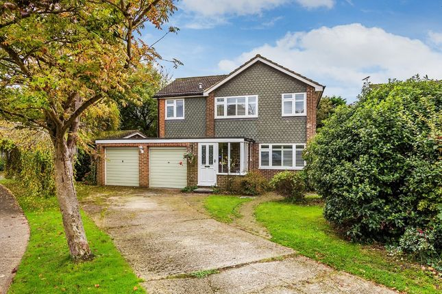 Thumbnail Detached house for sale in The Hawthorns, Hurst Green, Oxted