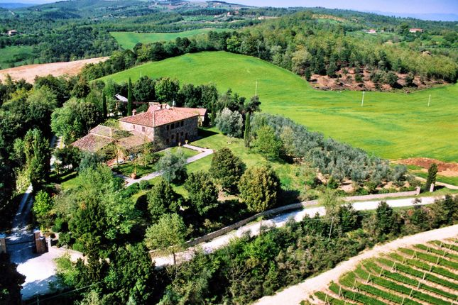 Thumbnail Detached house for sale in Via Roma, Trequanda, Siena, Tuscany, Italy