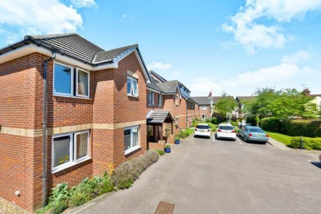 Thumbnail Flat for sale in Bagshot Court, Bletchley, Clifford Avenue, Milton Keynes
