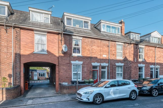 1 bed flat for sale in Middle Street, Worcester WR1