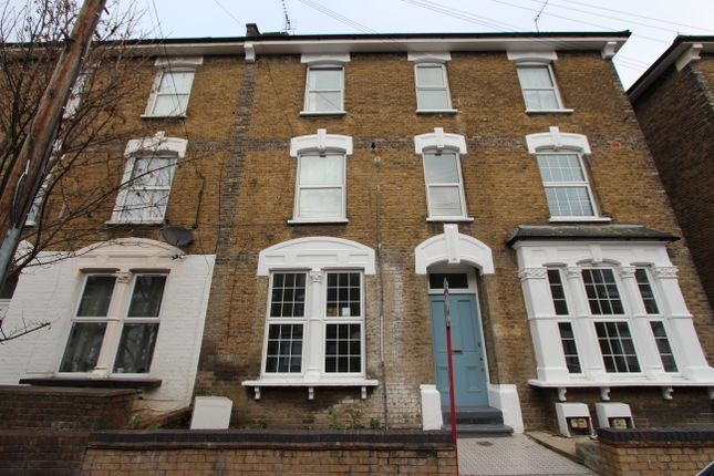 Thumbnail Flat for sale in Ruskin Road, London