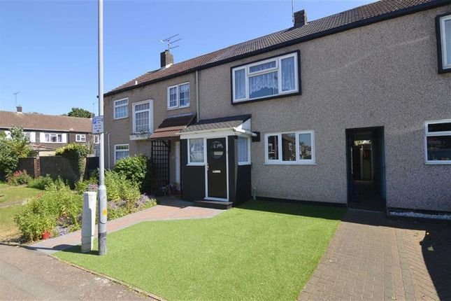Thumbnail Terraced house for sale in Cherrydown West, Basildon, Essex