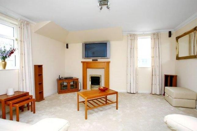 Thumbnail Flat to rent in Western Cross, Aberdeen