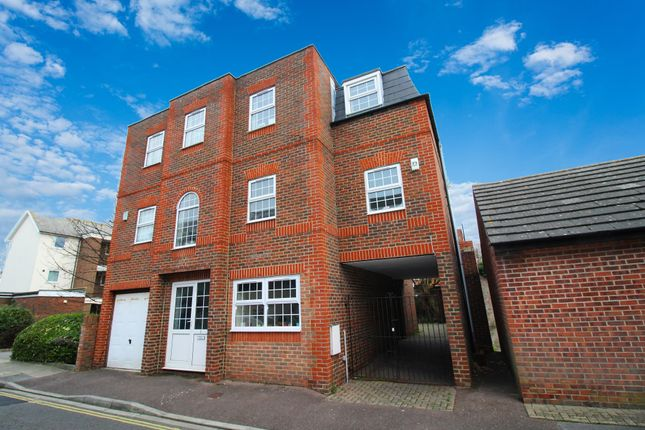 Thumbnail Town house to rent in Brunswick Street, Southsea