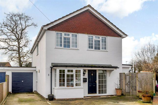 Thumbnail Detached house for sale in Cochrane Close, Thatcham, Berkshire