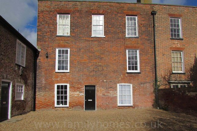 Thumbnail Flat to rent in Rock House, Marine Parade, Sheerness