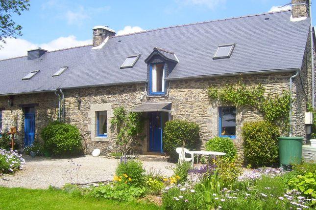 Thumbnail Longère for sale in 22320 Saint-Mayeux, Côtes-D'armor, Brittany, France