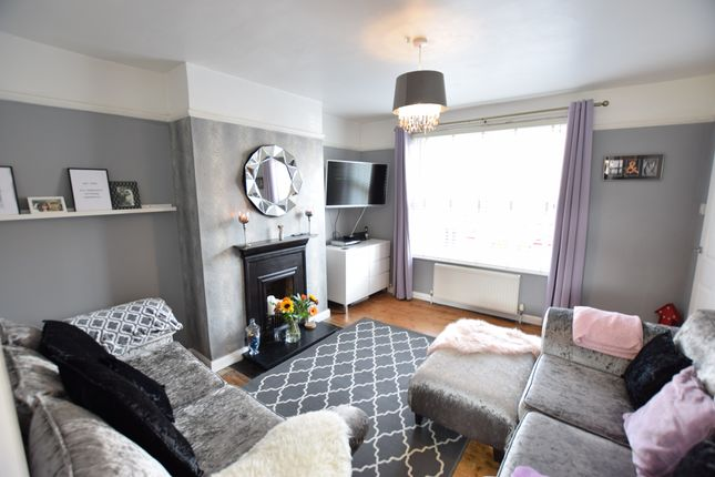 Living Room of Myrtle Road, Eastbourne BN22