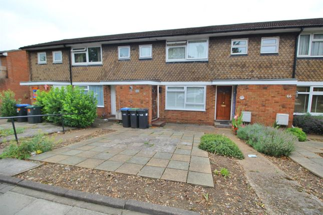 Thumbnail Maisonette for sale in Tenniswood Road, Enfield