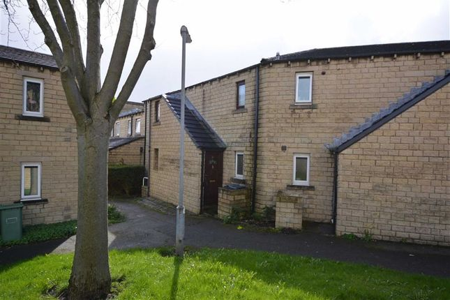 1 bed property for sale in 21, Queen Elizabeth Gardens, Huddersfield