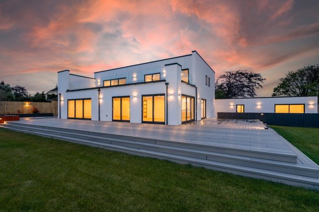 Thumbnail Detached house for sale in Gourders Lane Kingskerswell, Kingskerswell