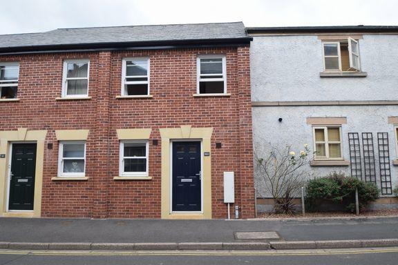 Thumbnail Terraced house to rent in Bampton Street, Tiverton