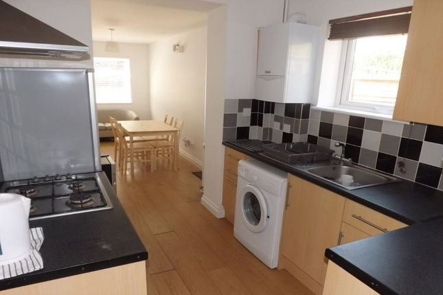 Thumbnail Property to rent in Collingwood Road, Southsea