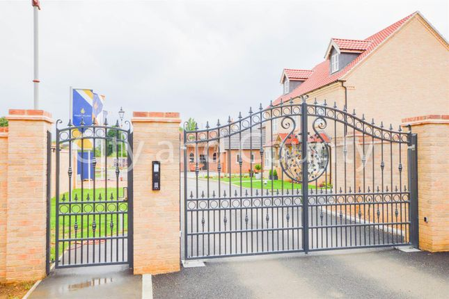 Detached house for sale in Minuet Village, Minuet Paddocks, Coates