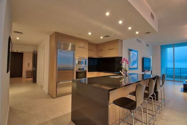 Thumbnail Apartment for sale in 900 Biscayne Blvd, Miami, Florida, United States Of America