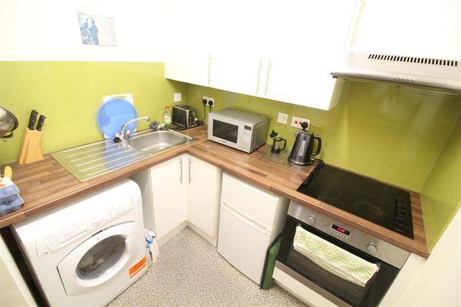 Kitchen of Rosedale Mansions, Boulevard, Hull HU3
