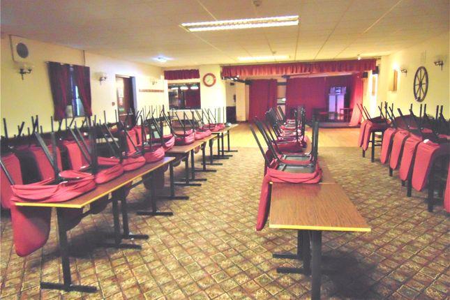 Picture No. 35 of The Queens Head Pub, William Street, Great Clifton, Workington, Cumbria CA14