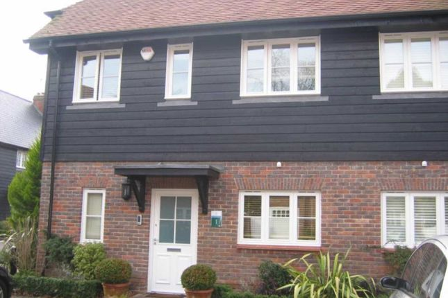 Thumbnail Cottage to rent in Middle Down, Aldenham, Watford