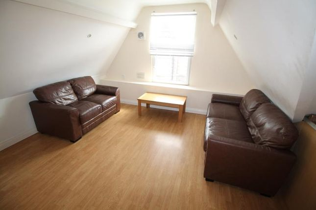 Thumbnail Flat to rent in Claude Road, Roath, Cardiff