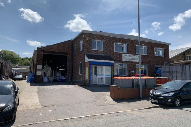 Thumbnail Retail premises for sale in North Luton Industrial Estate, Sedgewick Road, Luton