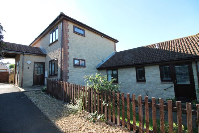 Thumbnail Flat for sale in Kingshill Gardens, Nailsea, North Somerset