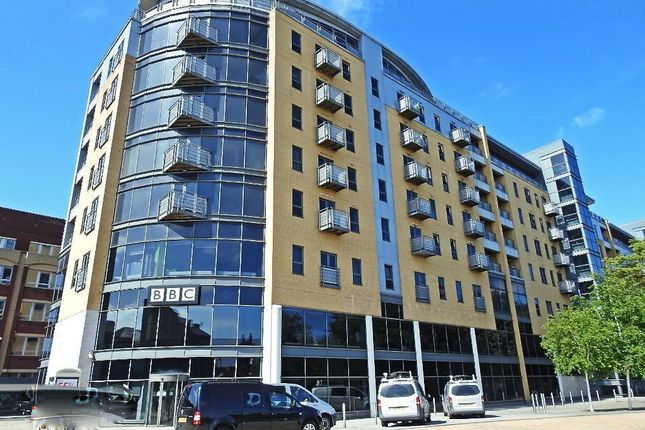 Thumbnail Flat for sale in Queens Court, 57 Queens Dock Avenue, Hull, North Humberside