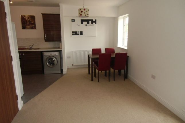 Lounge Area of Wolsey Island Way, Leicester LE4