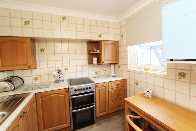 2-Kitchen of Gogoside Road, Largs KA30