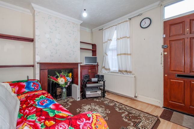 Lounge of Waldeck Street, Reading, Berkshire RG1