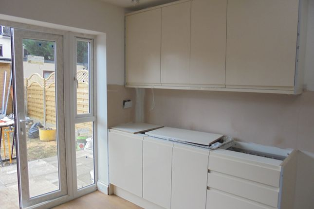 Thumbnail Semi-detached house to rent in Royston Avenue, Chingford