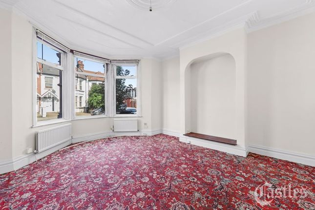 Thumbnail Terraced house for sale in Belsize Avenue, Palmers Green