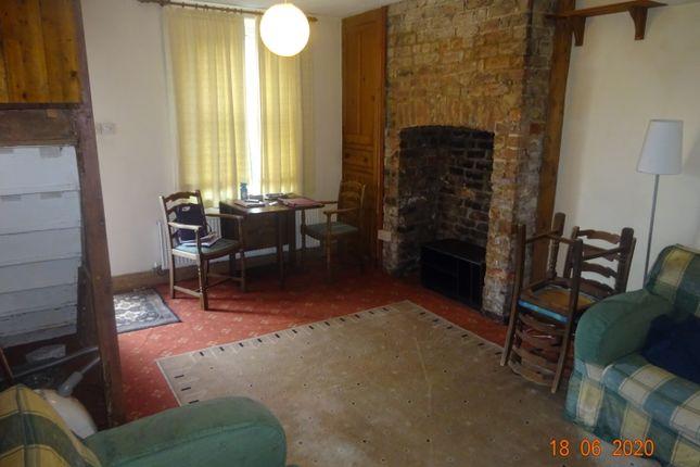 2 bed terraced house to rent in Tan Y Bryn Terrace, Bangor LL57