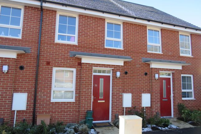 Thumbnail Property to rent in Admiral Avenue, Hemel Hempstead