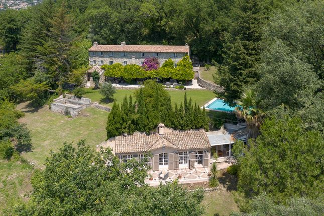 Thumbnail Villa for sale in Chateauneuf Grasse, Mougins, Valbonne, Grasse Area, French Riviera
